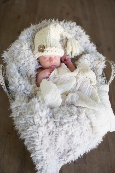 newborn baby photo session Concord