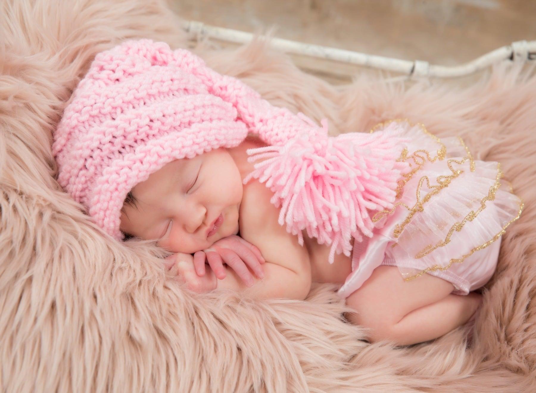 Best Newborn Photographer Brampton